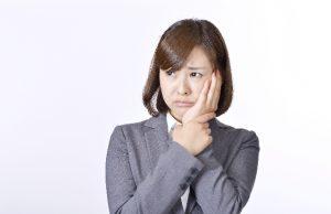 内臓の病気により引き起こされる口臭とは